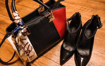 買取に持ち込む靴とバッグ